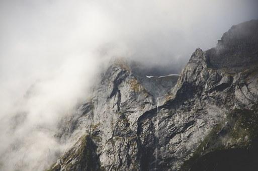 Monts perdus sur SolAs